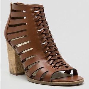 Indigo Rd Caged Brown Heeled Sandals in Size 10